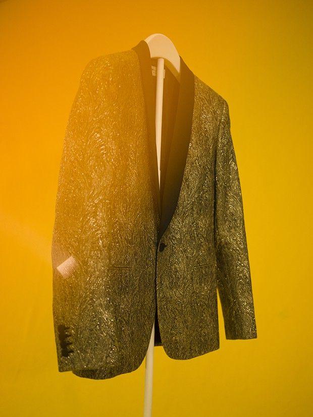 La veste en fils d'or Slimane, 2014, tournée Diskönoir.