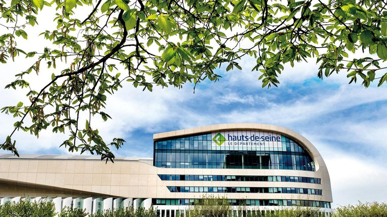 Le budget du département des Hauts-de-Seine prévoit 909millions d'euros de dépenses pour le secteur social