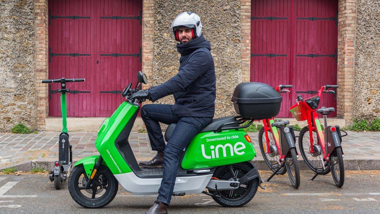 De 100 à 150 engins couleur vert citron et dotés d'une vitesse maximale de 45km/h seront disponibles mercredi sur la chaussée parisienne, un chiffre qui doit progressivement grimper à un millier d'ici à quelques semaines.