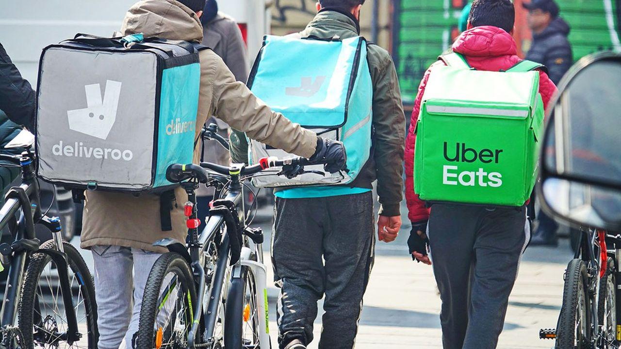 Les sacs des livreurs de Deliveroo et d'Uber Eats contiennent de plus en plus souvent du shampooing et de la farine, et non des plats de restaurants.