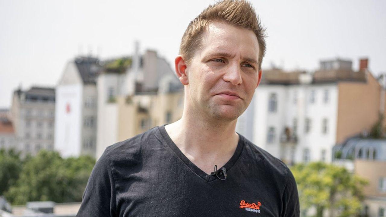Pourfendant sans relâche les pratiques litigieuses des géants de la tech concernant la vie privée de leurs utilisateurs et/ou clients, Max Schrems est du genre tenace et a déjà de jolis trophées à son palmarès.
