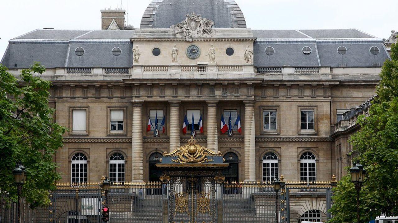 Le palais de justice de Paris dans l'Ile de la Cité.