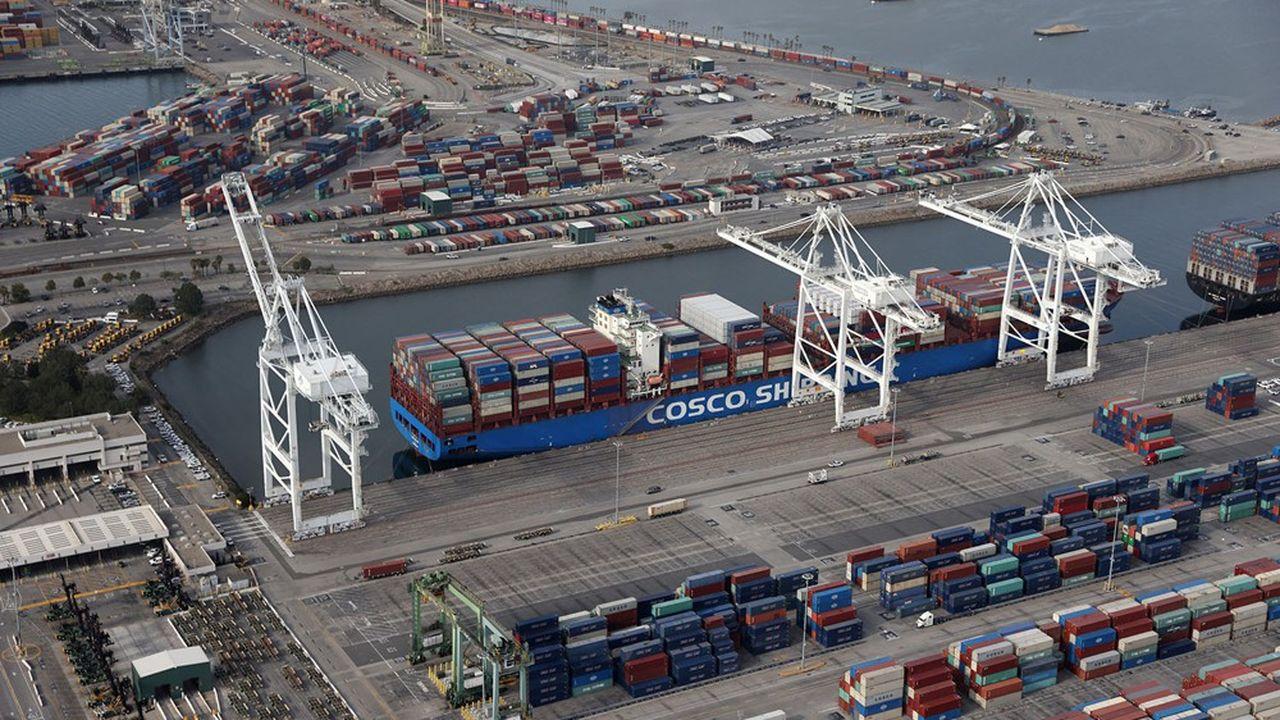 Les importations américaines, comme ici dans le port de Long Beach à Los Angeles, devraient bondir avec le plan de relance de Joe Biden.