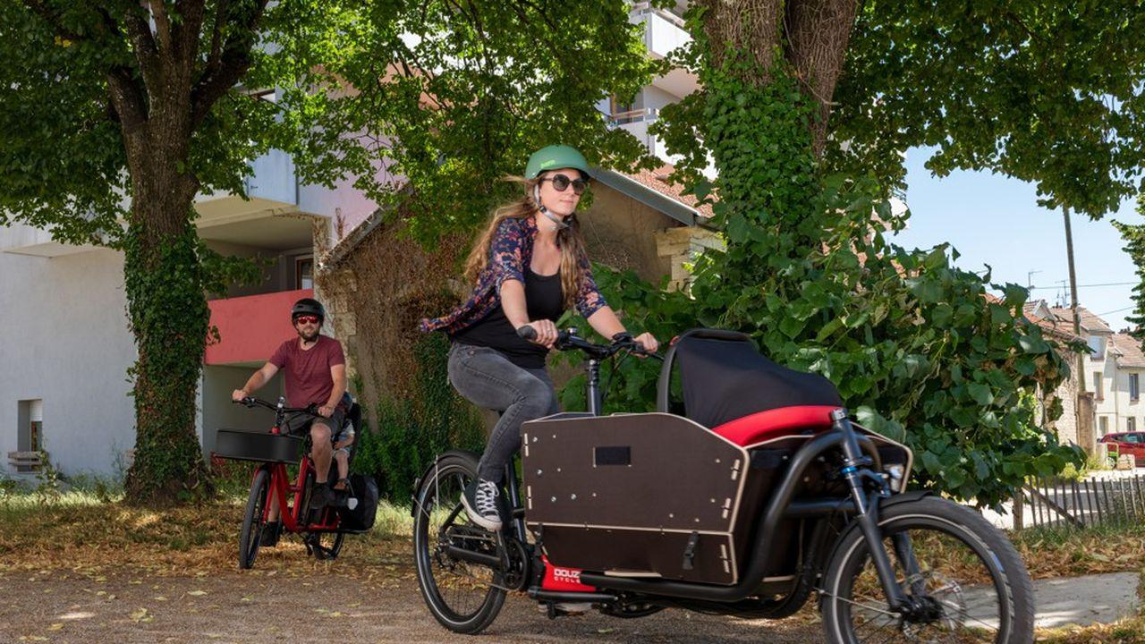 Il devient de plus en plus fréquent de croiser des utilisateurs de vélos cargos en France.