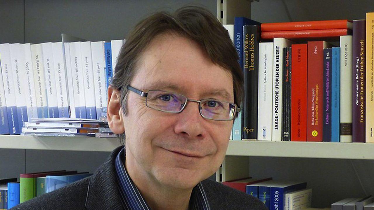 «La probabilité est forte qu'Armin Laschet parvienne à s'imposer face à Markus Söder», estime Uwe Jun, professeur de sciences politiques à l'Université de Trèves.