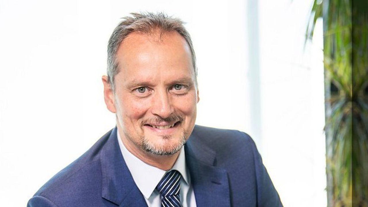 Michael Schoellhorn est nommé président d'Airbus Defense and Space. Ancien pilote d'hélicoptère et officier de la Bundeswehr, il aura la charge de relancer la branche militaire à l'heure des coopérations allemande.