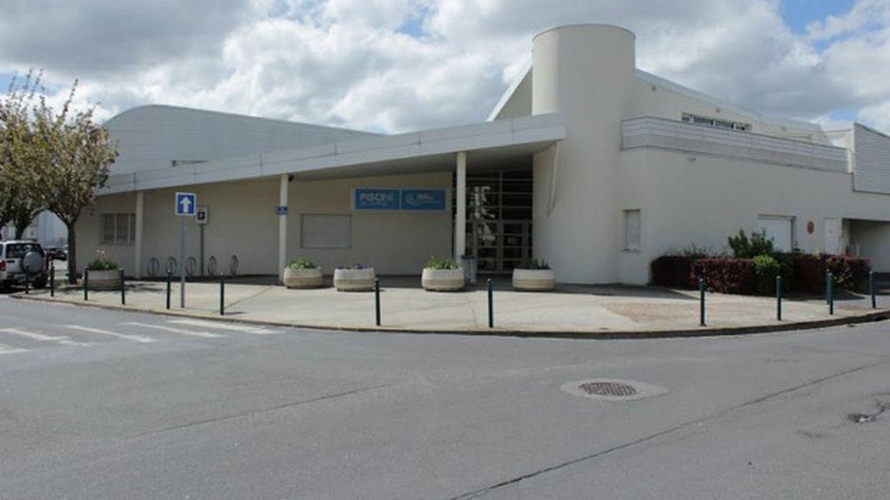 Les travaux de rénovation de la piscine des Louvrais, à Pontoise, font partie du schéma directeur de modernisation des grands équipements structurants de l'agglomération de Cergy