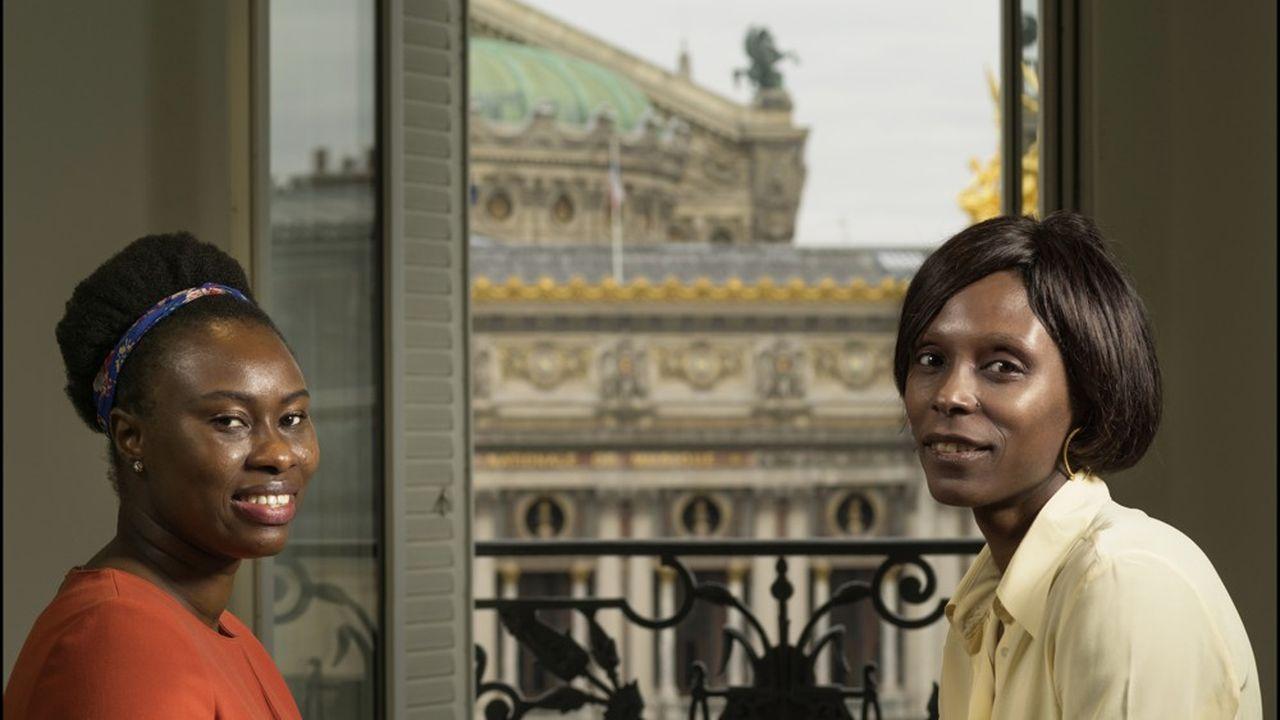 Penda Keita, ingénieure statisticienne chez BNP Paribas, à gauche, au côté de sa mentor Laetitia Hélouet, rapporteure à la Cour des Comptes et présidente du Club 21e siècle.