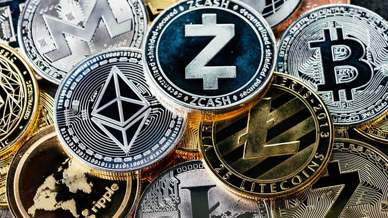 Le 13avril, le bitcoin a établi un nouveau record à 63.191dollars (53.101euros), dépassant son précédent plus haut de 61.712dollars.