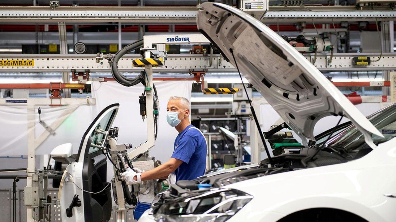 Les carnets de commandes continuent de se remplir en Allemagne grâce à la reprise mondiale et à la bonne résistance de l'industrie.