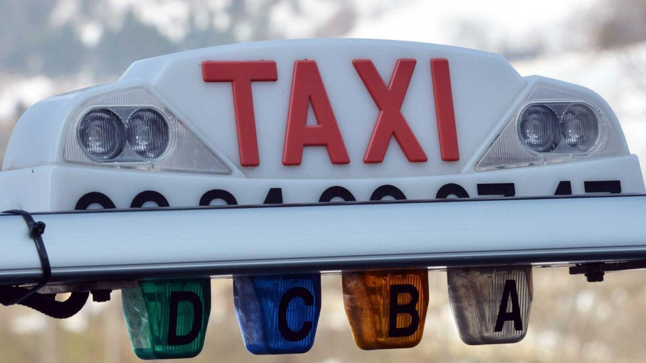 Ces derniers mois, plusieurs taxis qui ne s'étaient pas déclarés auprès du canton ont été stoppés à la frontière.