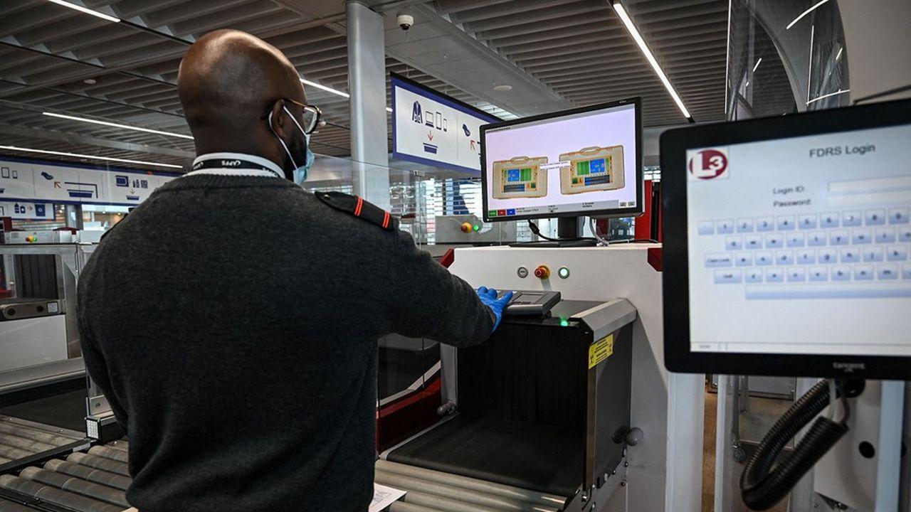 Les personnels travaillant dans les aéroports ont déjà payé un lourd tribut à la crise du transport aérien, avec des milliers d'emplois perdus.