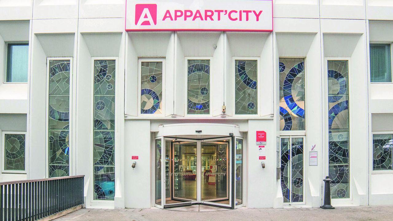 Après des négociations «âpres», l'accord prévoit l'abandon, pour les propriétaires signataires, de quatre mois de loyers en 2020, et de 30% des loyers en 2021, avec, en contrepartie, «la garantie d'être payés» pour le reste.