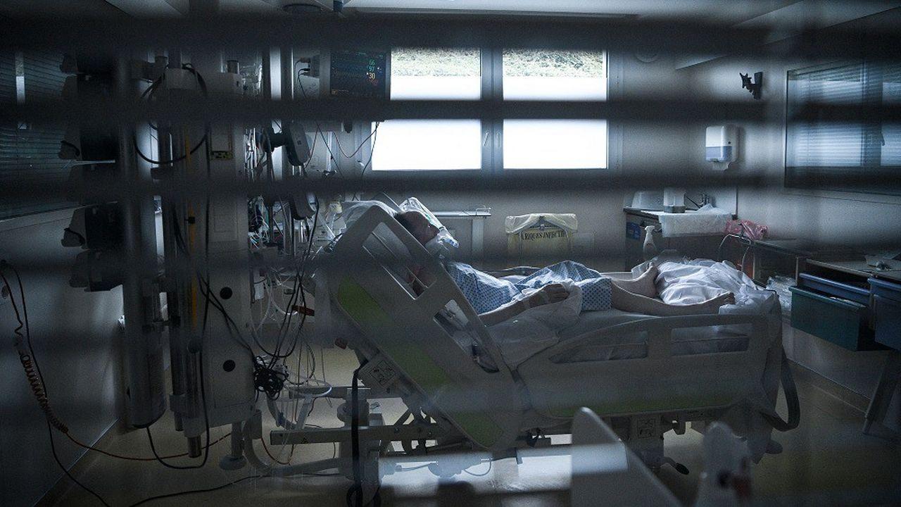La France reste de peu sous la barre des 5.900 patients atteints du Covid en réanimation.