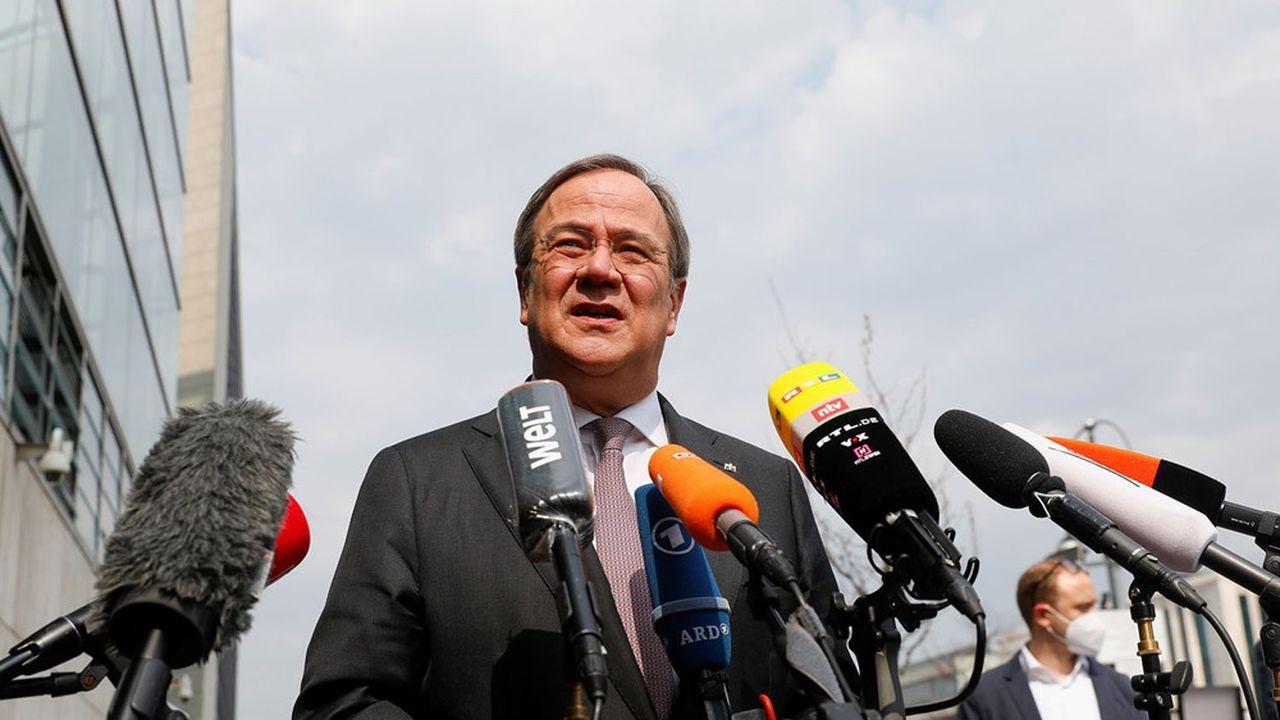 Quelque 77,5% des responsables de la CDU se sont prononcés en faveur d'Armin Laschet contre 22,5% pour Markus Söder.