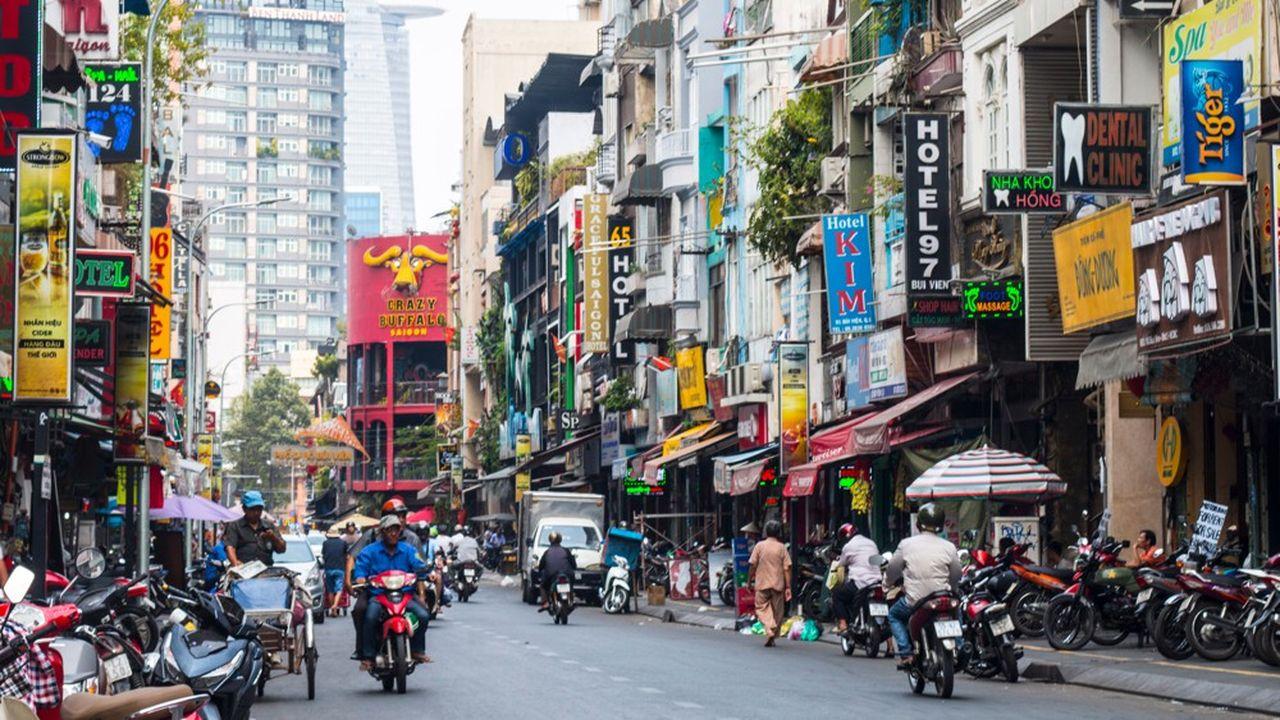 Le Vietnam (Saïgon) est suspecté de pratiquer des dévaluations compétitives pour favoriser la compétitivité de ses exportations aux Etats-Unis