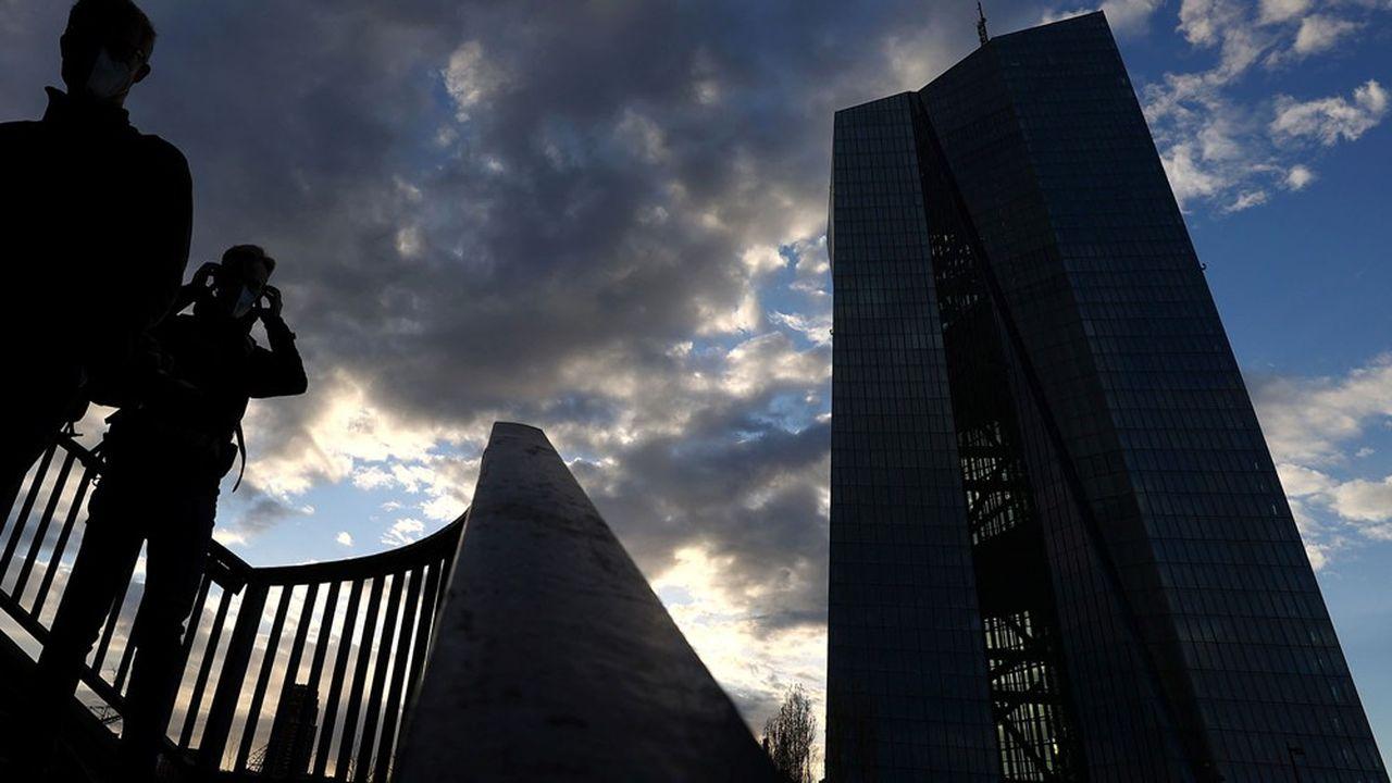 Les marchés s'interrogent sur la détermination de la BCE à poursuivre ses mesures de soutien d'urgence à l'économie.