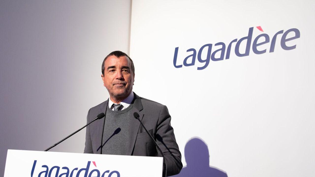 Arnaud Lagardère détient 7% du capital mais sa position d'associé commandité et de gérant lui donne le contrôle de son groupe.