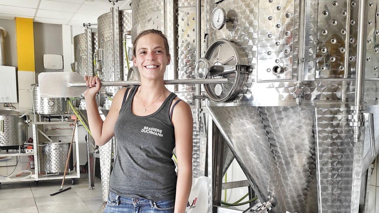 Clara Wyler tient une brasserie artisanale, avec laquelle elle a produit 140 hectolitres de bière en 2020.