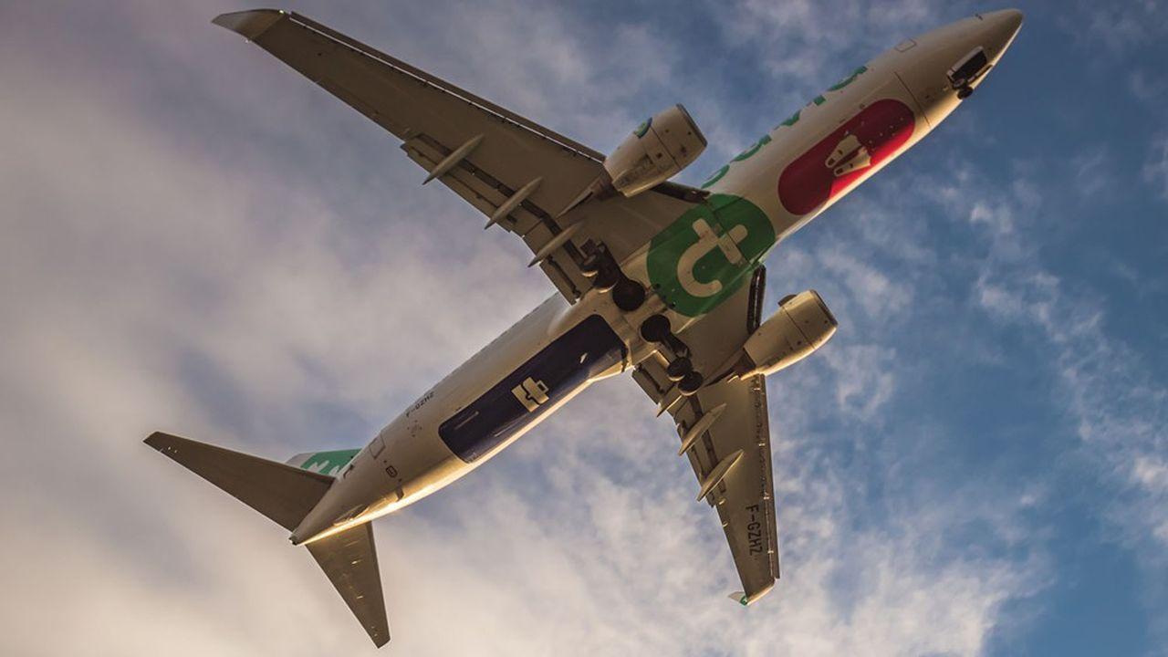 Les acteurs du secteur aérien sont de plus en plus pointés par les ONG et les gouvernements en raison de leurs émissions polluantes.