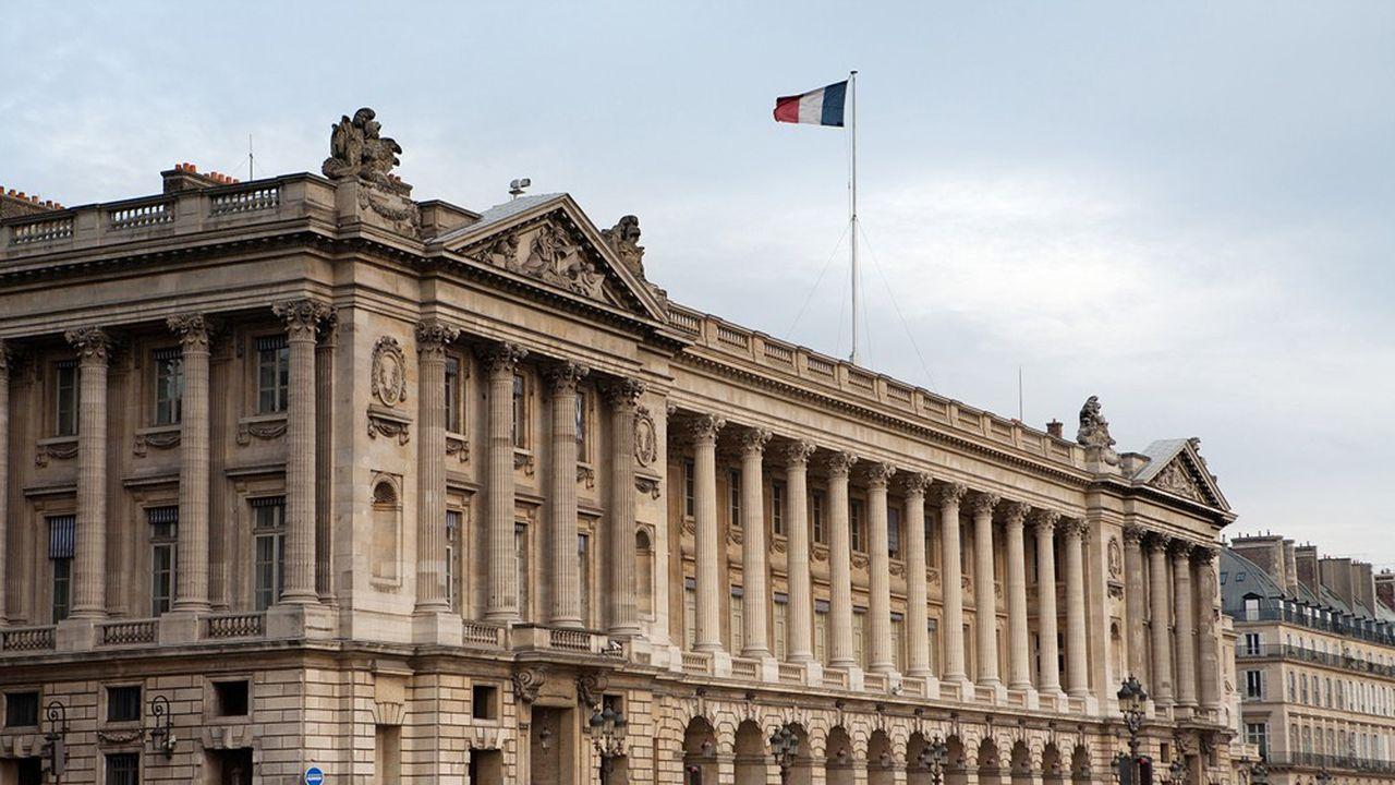 L'Hôtel de la Marine construit entre1757 et1772 pour abriter le Garde-Meubles de la Couronne, a hébergé l'état-major de la Marine nationale jusqu'en 2014.
