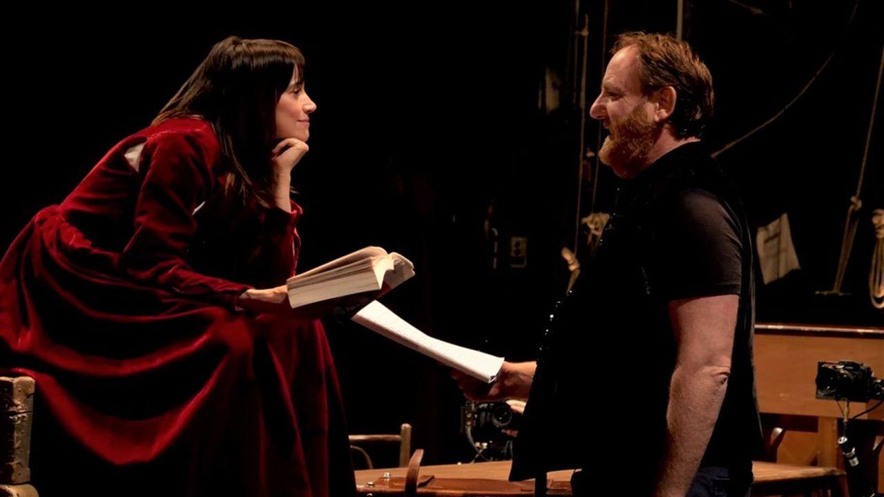 Suliane Brahim (Doña Prouhèze) face à Jérôme Pouly (Don Balthazar) dans «Le Soulier de satin», première journée.