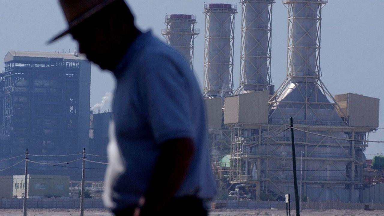 La centrale de Mejillones dans le désert de l'Atacama, au nord du Chili, produit de l'électricité à partir de charbon et de gaz.