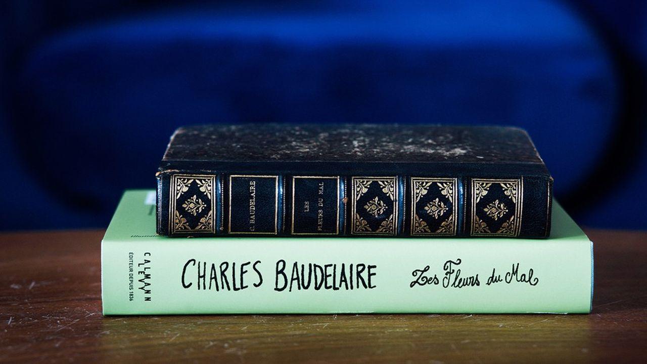 Editions anciennes (1898) et moderne des «Fleurs du Mal» de Baudelaire, chez Calmann-Lévy.