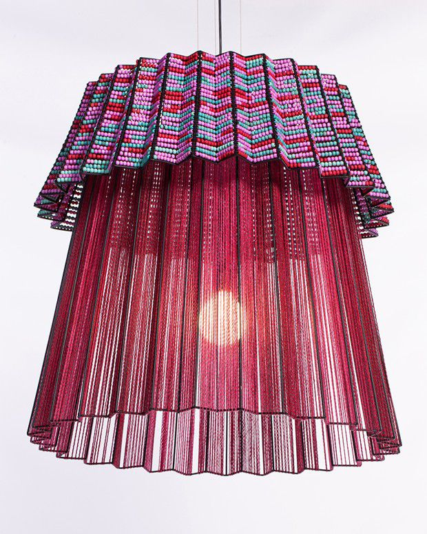 Lampe «Tutu 2.0», de Thabisa Mjo (Mash T Design), inspirée des jupes des femmes Tsonga.