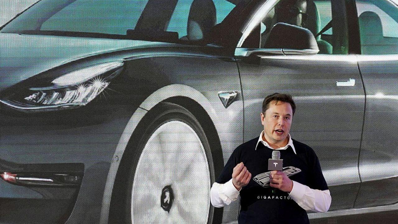 La fortune d'Elon Musk fait un bond de 32milliards grâce aux performances de Tesla.