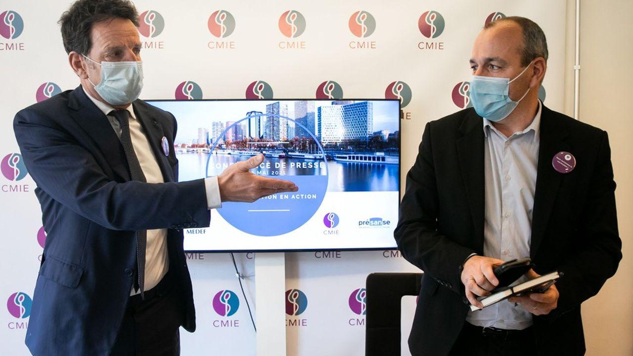 Laurent Berger, secrétaire général de la CFDT et Geoffroy Roux de Bézieux, président du Medef, demandent au gouvernement de faciliter la vaccination en entreprise.