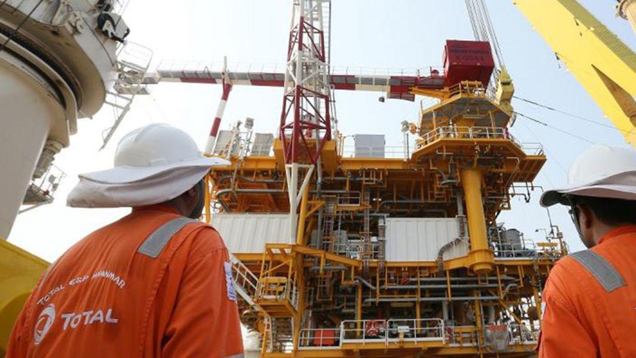 La Myanmar Oil and Gas Enterprise, entreprise gazière et pétrolifère d'Etat, est en lien avec Total pour l'exploitation du gisement gazier de Yadana.