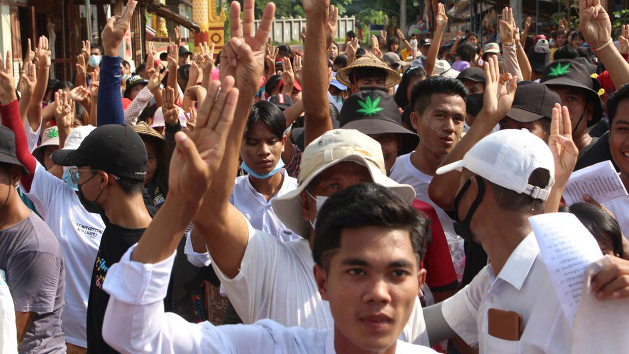 Depuis le coup d'Etat du 1erfévrier en Birmanie, plusieurs centaines de manifestants ont perdu la vie sous les balles de l'armée birmane.