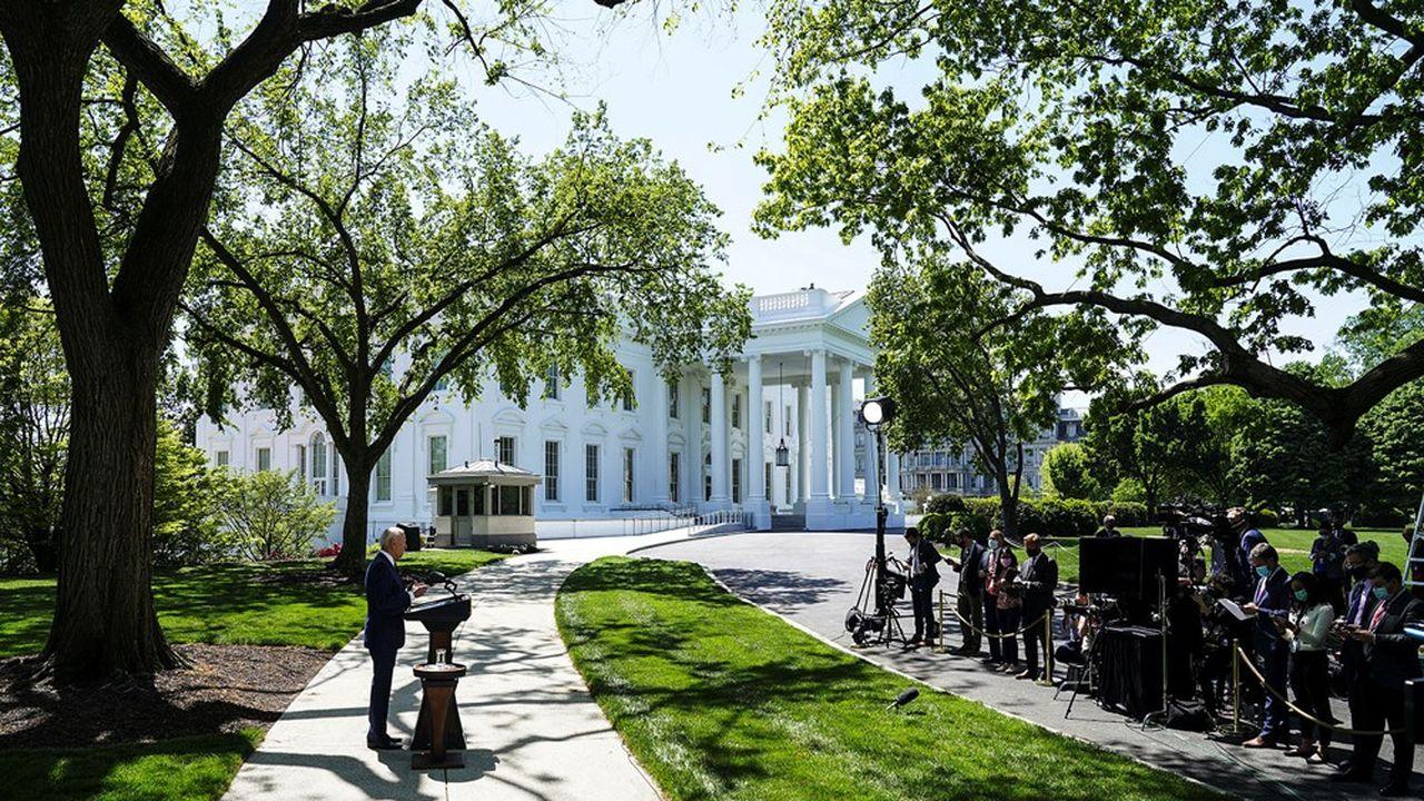 Le plan Biden devrait entraîner 360milliards de dollars de surcroît d'importations américaines en biens et en services en 2021 et en 2022, selon Euler Hermes.