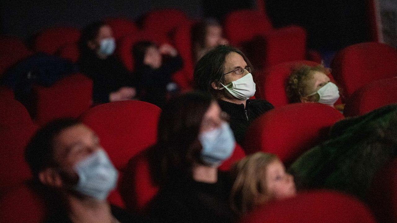 Les salles de cinémas ne pourront pas recevoir plus de 800 spectateurs à la fois, quelle que soit leur taille.