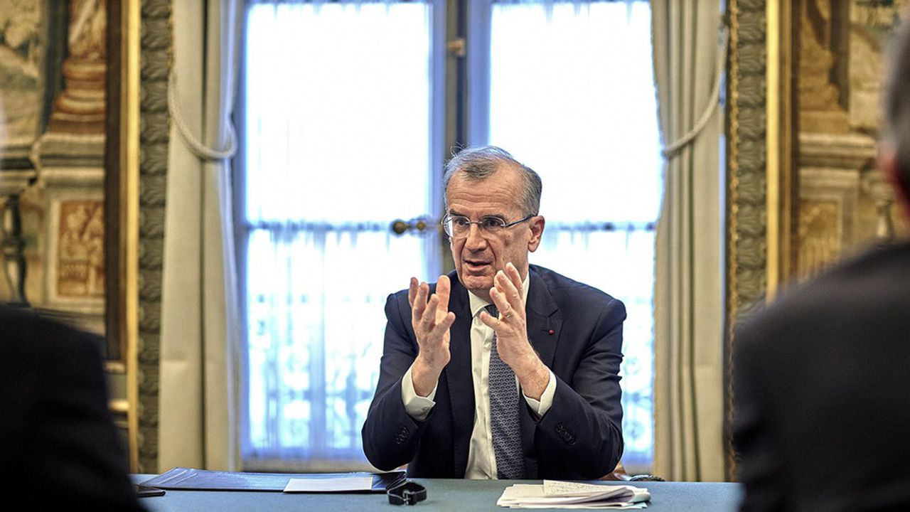 Pour François Villeroy de Galhau, l'engagement de la Banque de France se fait au nom même de son «mandat actuel», et non d'une simple «conviction militante».