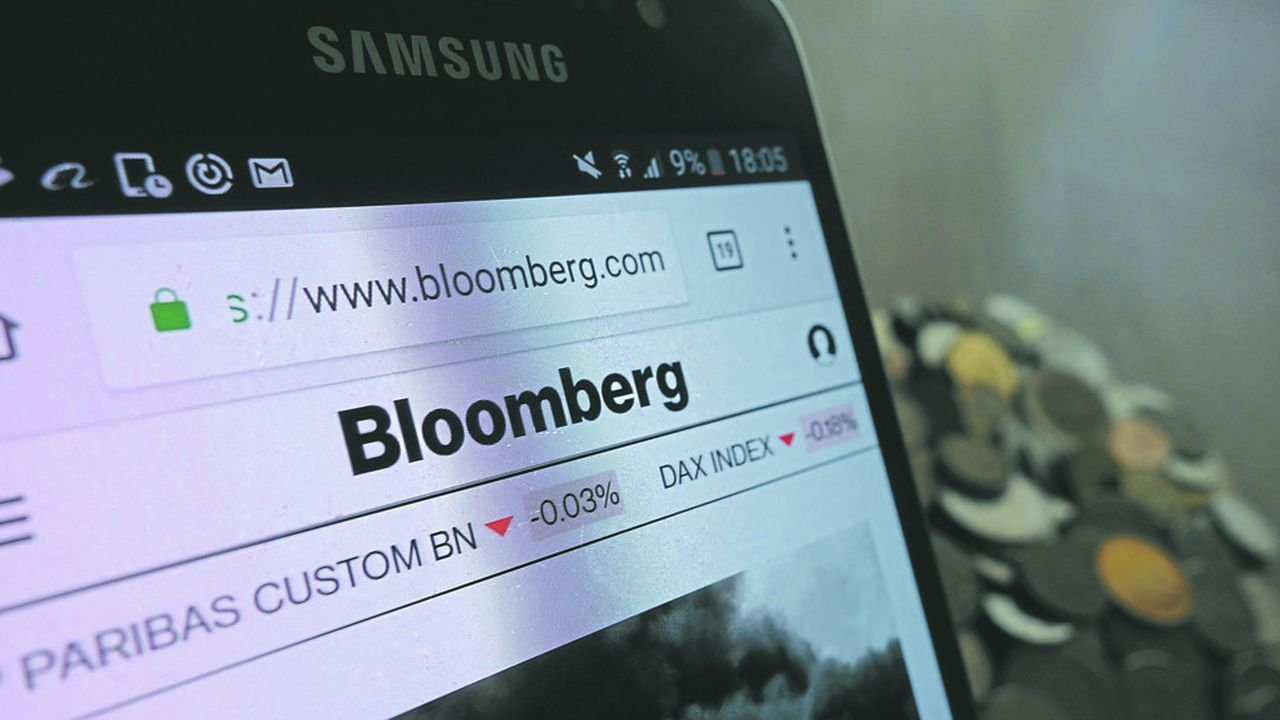 Jeudi sera une journée décisive pour Bloomberg, qui va tenter de faire annuler par la cour d'appel de Paris une décision de la commission des sanctions qui l'a condamné en 2019 à une amende de 5millions d'euros.