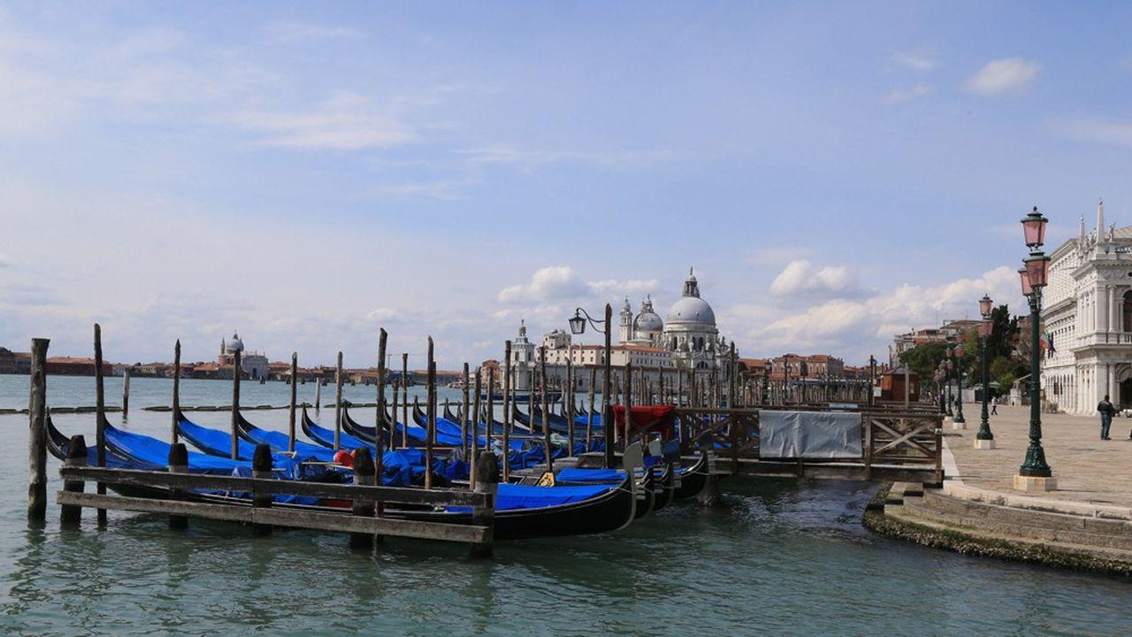 Venise et ses gondoles.