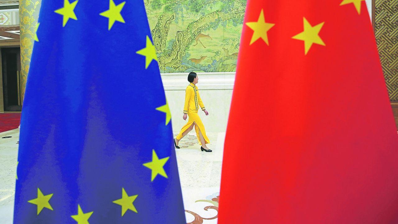 Les sanctions européennes autour du Xinjiang ont provoqué une réaction violente de Pékin, très mal perçue chez les Vingt-Sept.