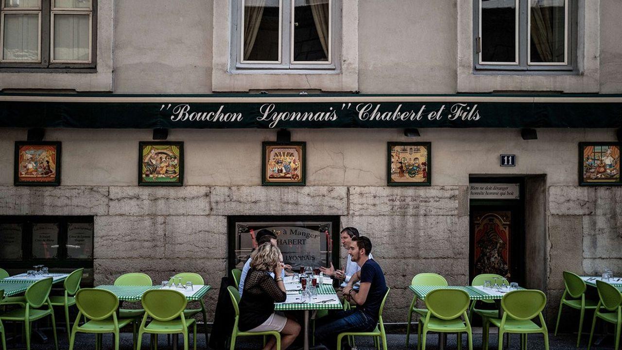 Lyon fait pousser les terrasses sans les taxer