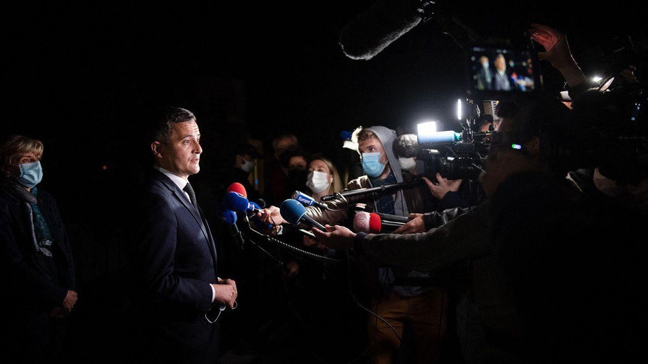 Le ministre de l'Intérieur Gerald Darmanin s'est rendu à Avignon, où un policier a été tué lors d'une intervention antidrogue.