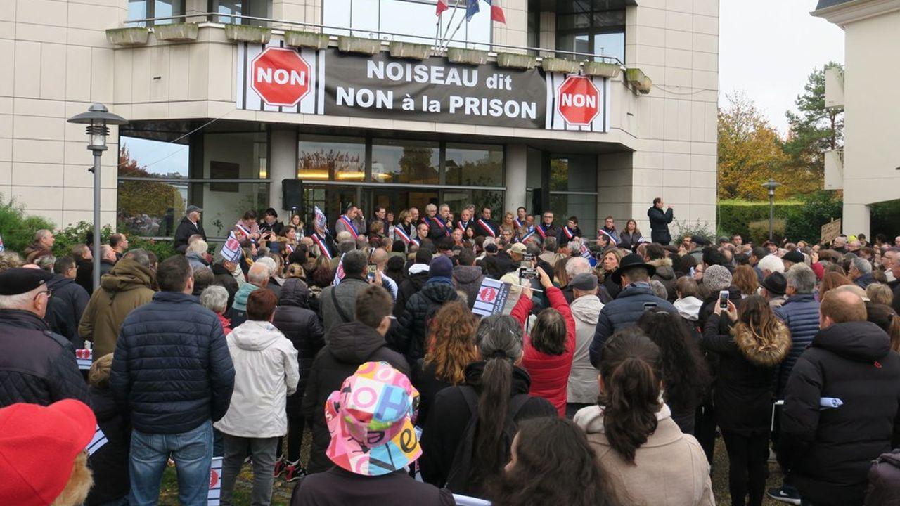 Val de Marne : Noiseau vent debout contre la future prison
