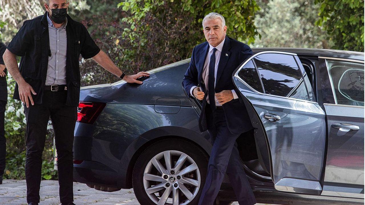 Yair Lapid, patron du parti centriste Yesh Atid (Il y a un avenir) s'est vu confier la tâche de former un nouveau gouvernement