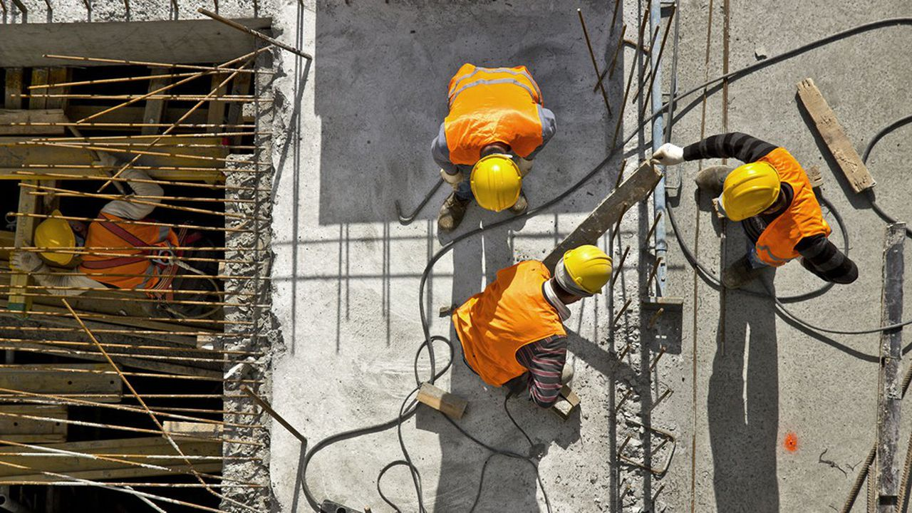 La construction est l'un des secteurs où les embauches ont le plus repris en un an.