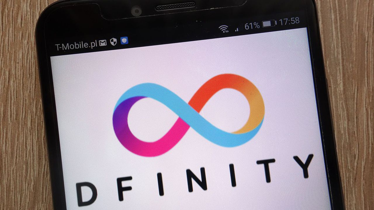 2 jours après sa cotation, ICP ou Internet Computer, la crypto de Dfinity atteint 339dollars (278euros) et sa valorisation 42milliards de dollars