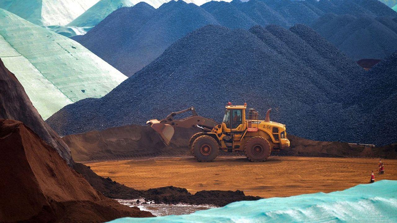 Du minerai de fer dans le port deRizhao dans la province du Shandong.