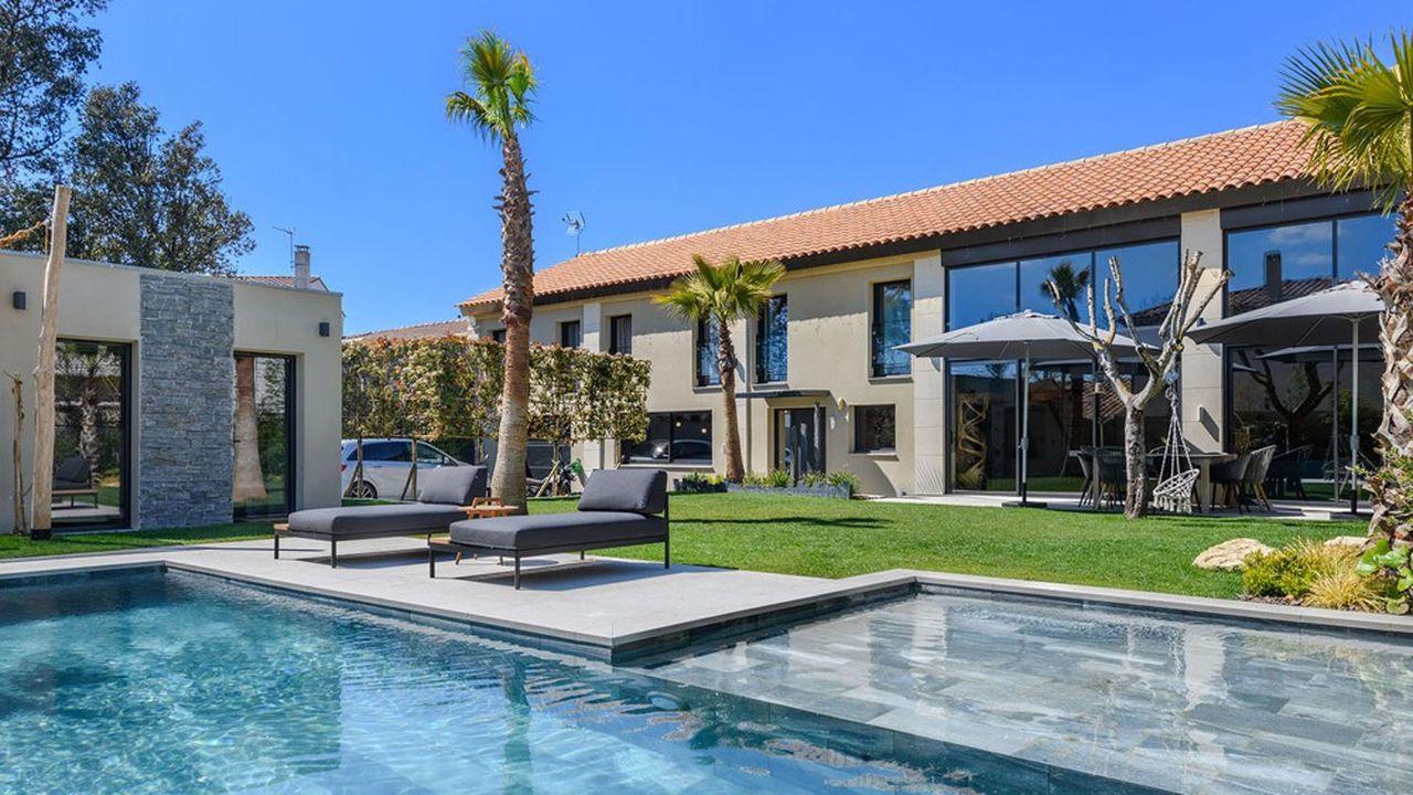 Une maison d'architecte avec piscine à Salon-de-Provence.