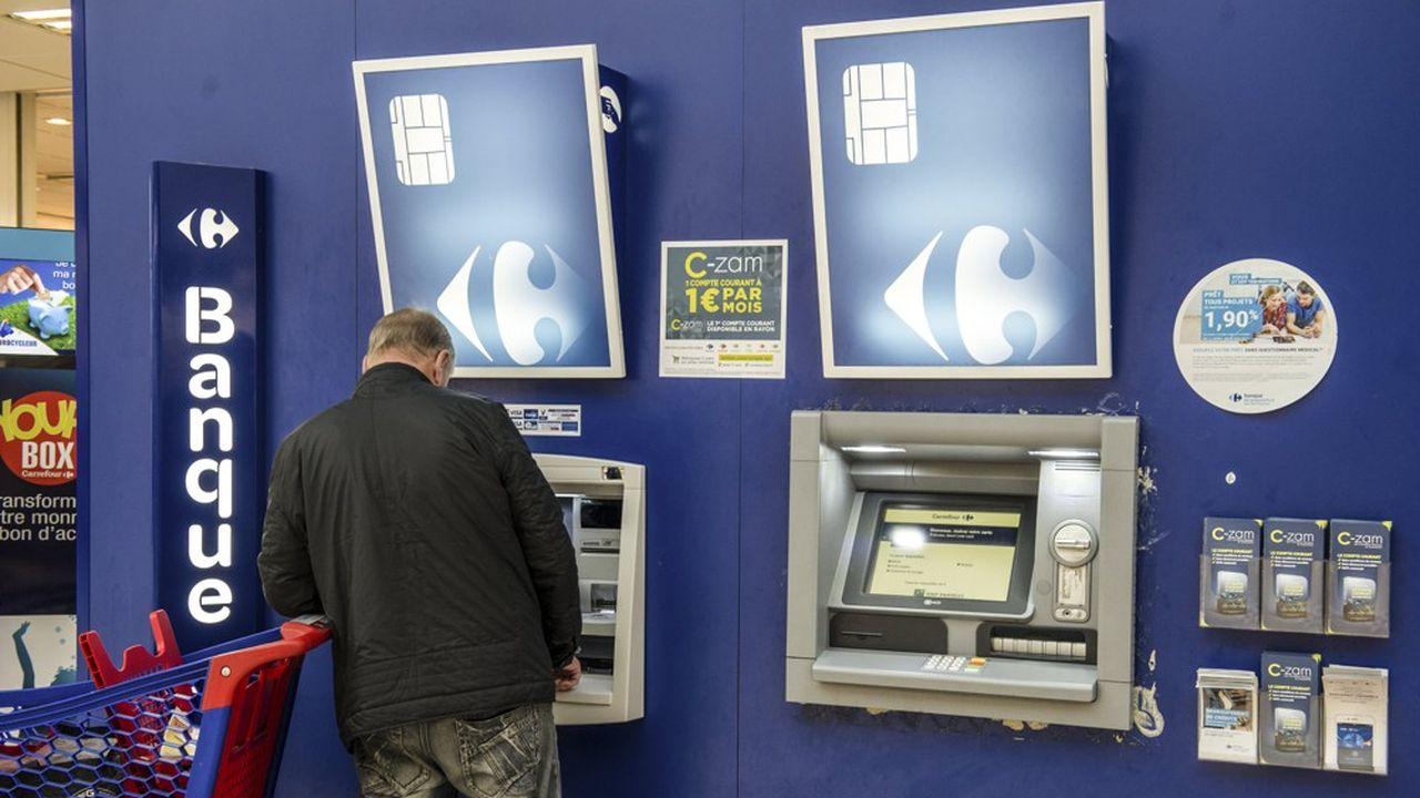 La commercialisation par Carrefour Banque du compte C-zam a déclenché une sanction de l'ACPR pour des failles de contrôle dans la lutte anti-blanchiment.