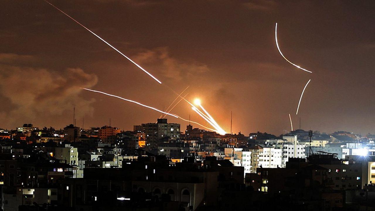 Des tirs de roquette depuis Gaza sont dirigés vers Israël dans un échange de violences qui est le plus important depuis 2014.