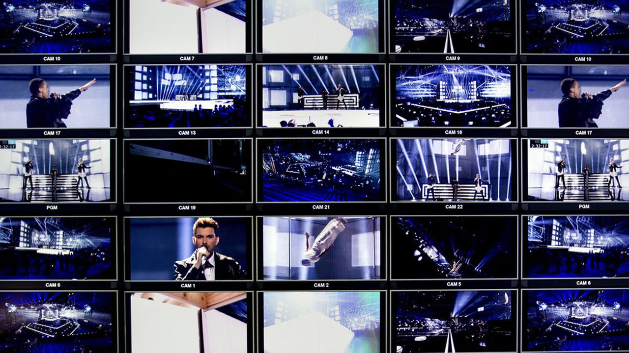 Mur d'écrans de contrôle lors des répétitions de l'édition 2014 de l'Eurovision.